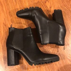 Divided (H&M) Black Heeled Ankle Boots